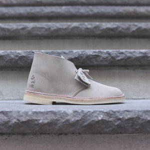 Clarks x Mickey Mouse 90th Anniversary Desert Boot - Sand