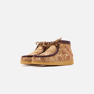 Clarks x Todd Snyder Wallabee Boot - Brown Gold Image 2