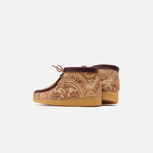 Clarks x Todd Snyder Wallabee Boot - Brown Gold Image 3