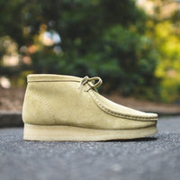 Clarks Wallabee Boot - Maple Suede – Kith