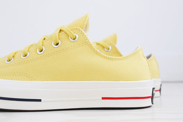 Converse Chuck Taylor All Star '70 Ox - Desert Gold / Navy / Gym Red
