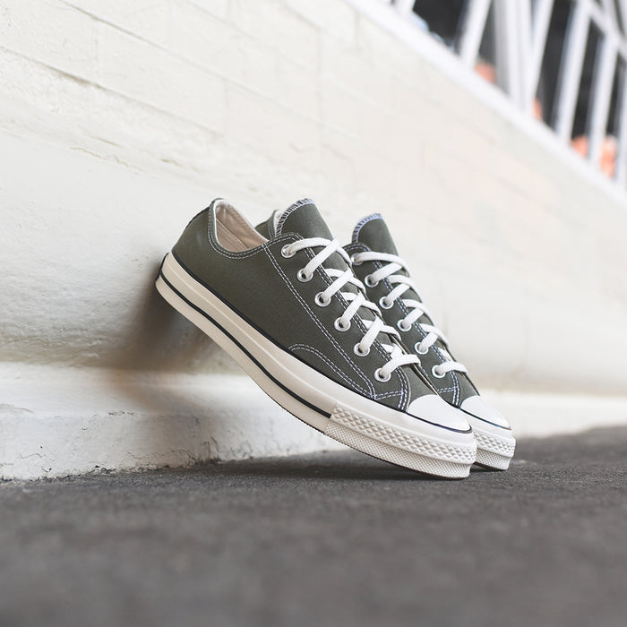 2cfd36bca33 ... Converse Chuck Taylor 70s OX - Olive   White ...
