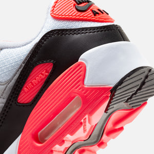 Nike Grade School Air Max 90 QS - White / Black / Cool Grey / Radiant Red Image 6