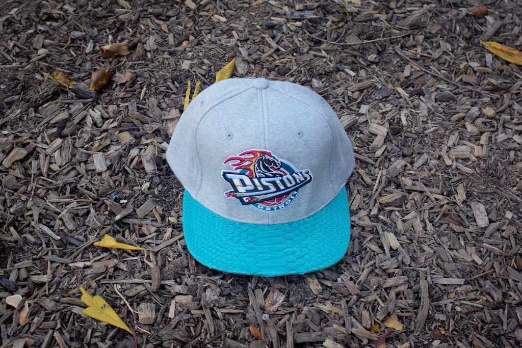 ec4ca252ee7 JUST DON Detroit Pistons Logo - Fleece   Teal – Kith