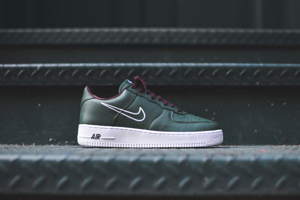 Nike Air Force 1 Low Retro - Hong Kong