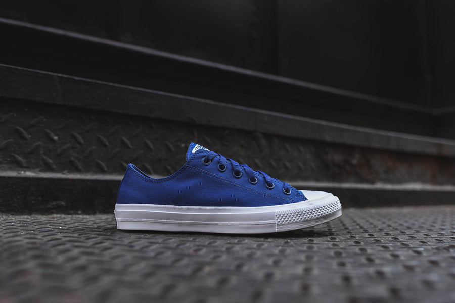 Converse Chuck Taylor All Star II Ox - Navy / White