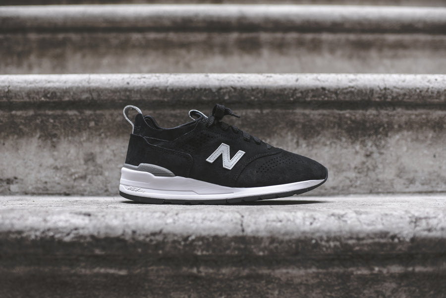New Balance 997 Decon - Black / White