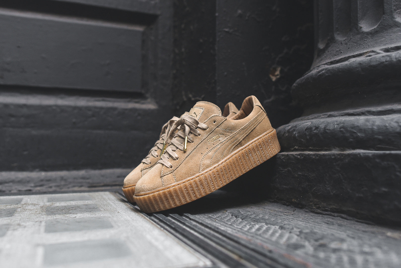 Puma x Rihanna Suede Creeper - Wheat