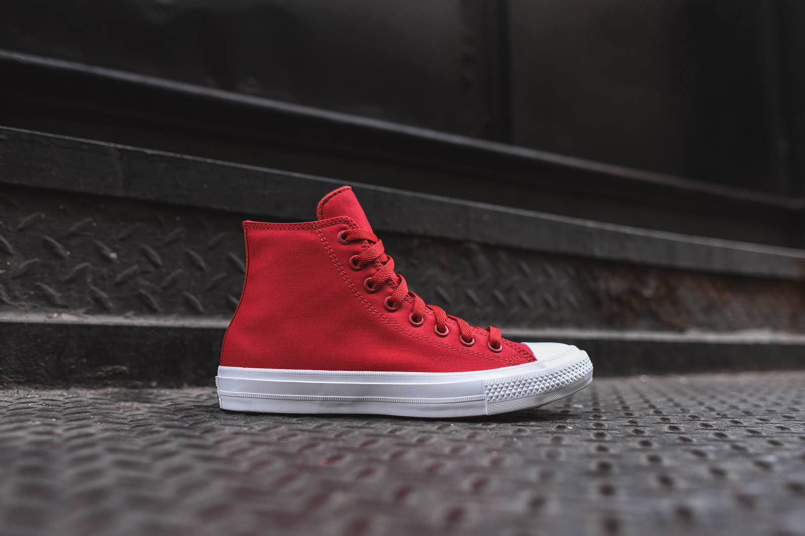 Converse Chuck Taylor All Star II Hi - Red / White