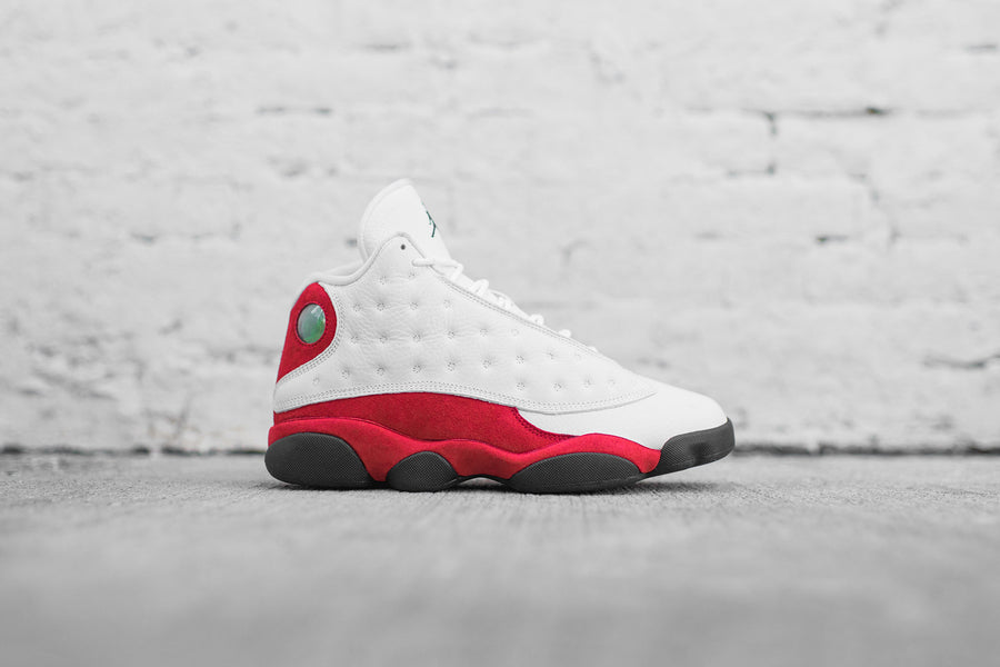 Nike GS Air Jordan 13 Retro - White / Black / Team Red