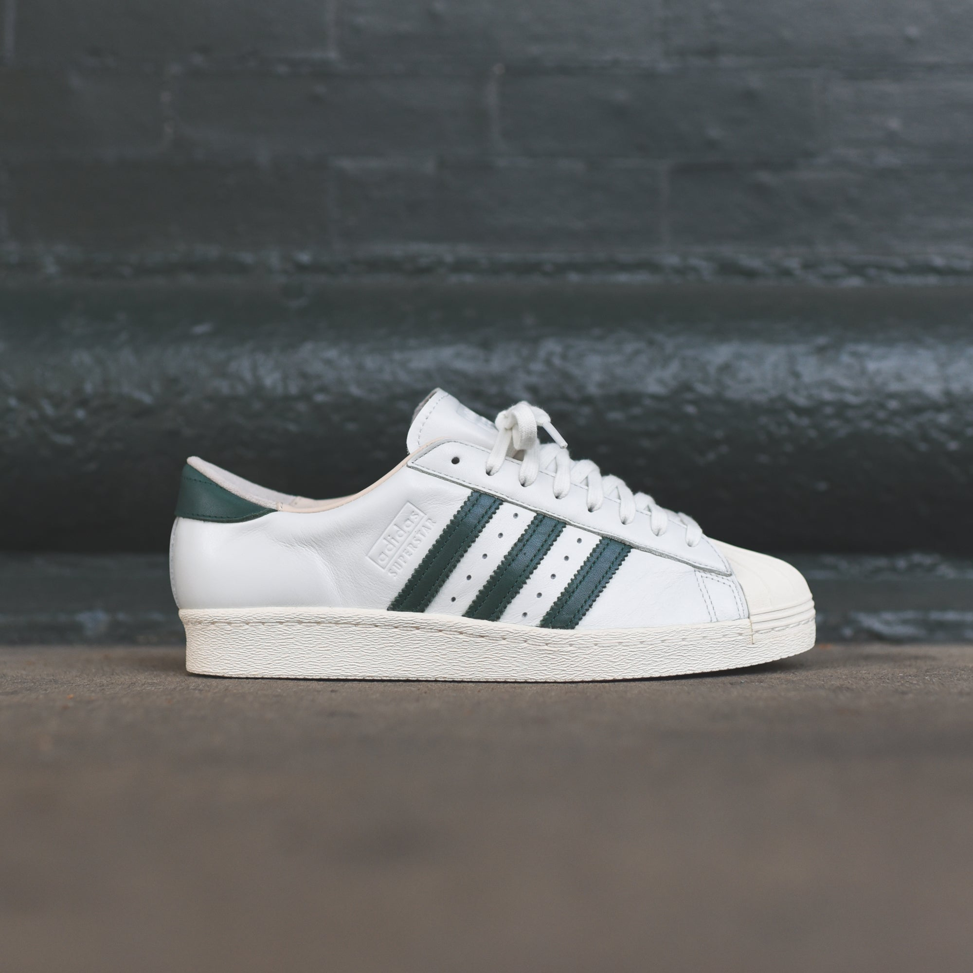 adidas Originals Superstar OG - White / Green