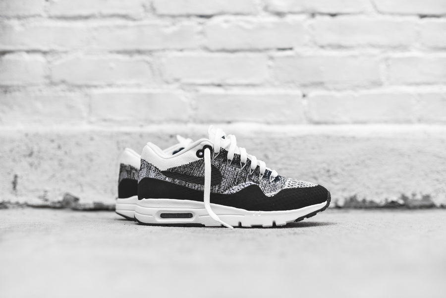 Nike Air Max 1 Ultra Flyknit - White / Black
