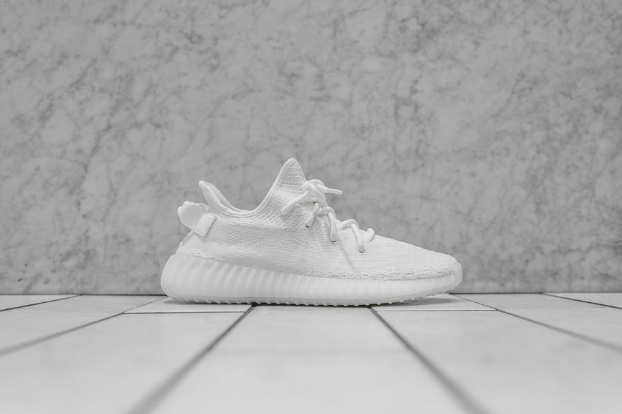 adidas Originals Yeezy Boost 350 v2 - Triple White