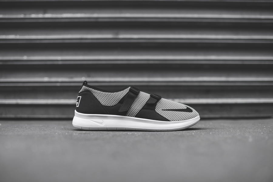 Nike Air Sock Racer SE - Cobblestone / Black
