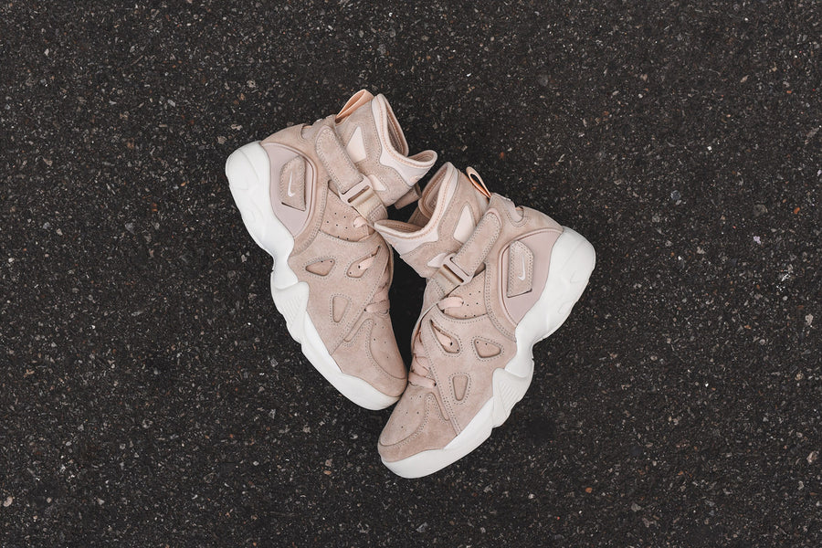 NikeLab Air Unlimited - Barely Orange