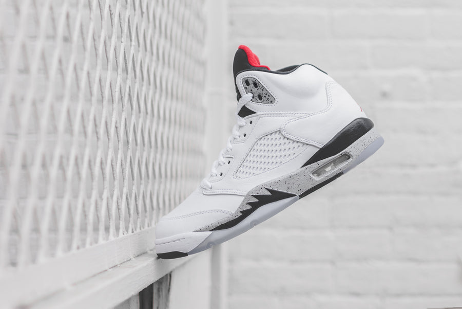 Nike Air Jordan 5 - White Cement