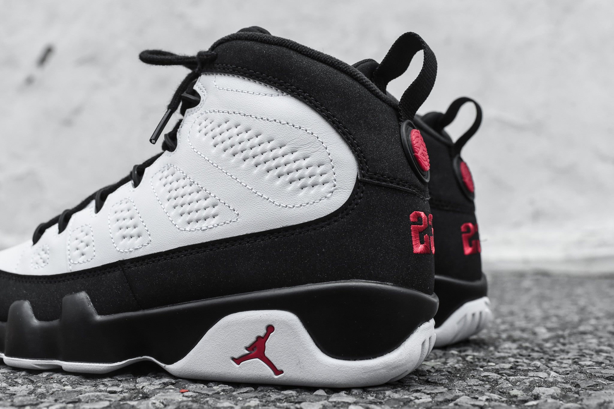 Nike Air Jordan 9 OG - Black / Red / White