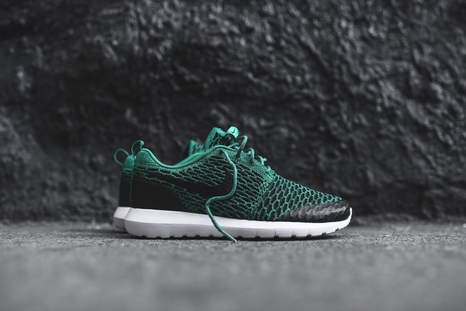 official photos 057f0 476b6 Nike Roshe One NM Flyknit SE. Lucid Green