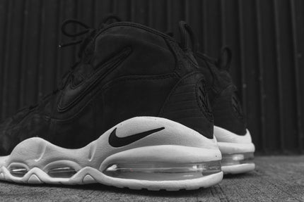 Nike Air Max Uptempo QS - Black / White