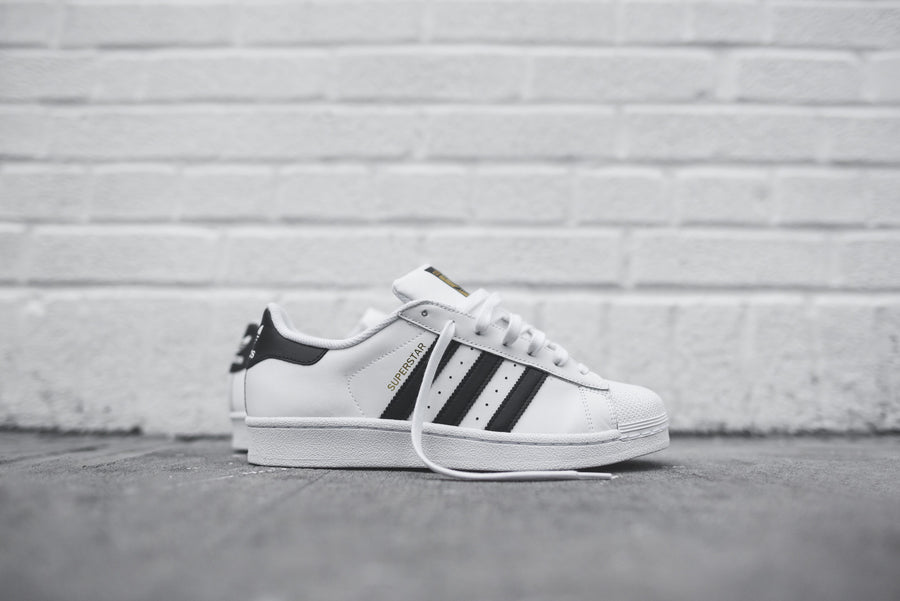 adidas Originals Superstar - White / Black