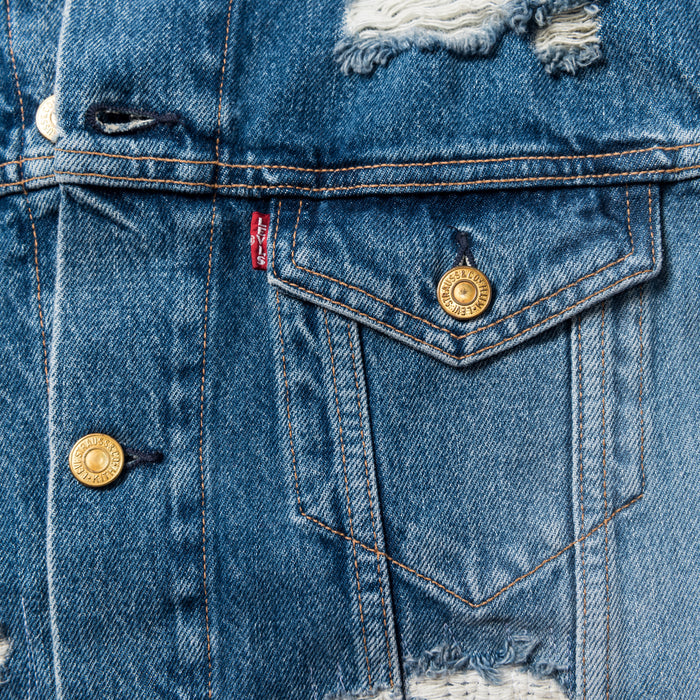 Kith x Levi's Strawberry Fields Patched Trucker - Washed Blue