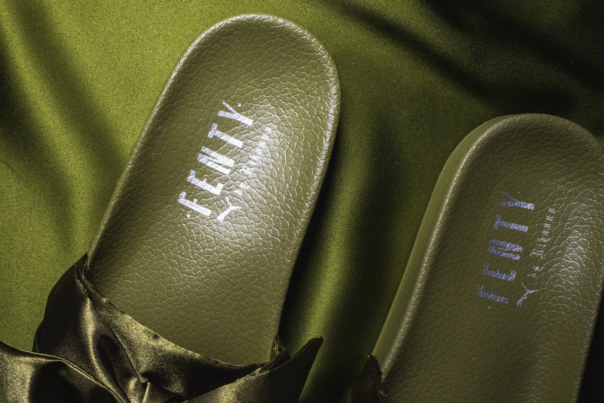1cd3425e2be2 Puma x Fenty WMNS Bow Slide - Olive Branch – Kith