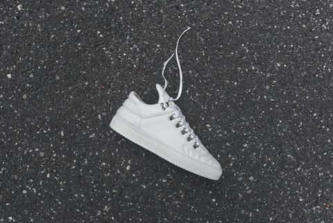 Filling Pieces Mountain Cut Low Tiempo - White