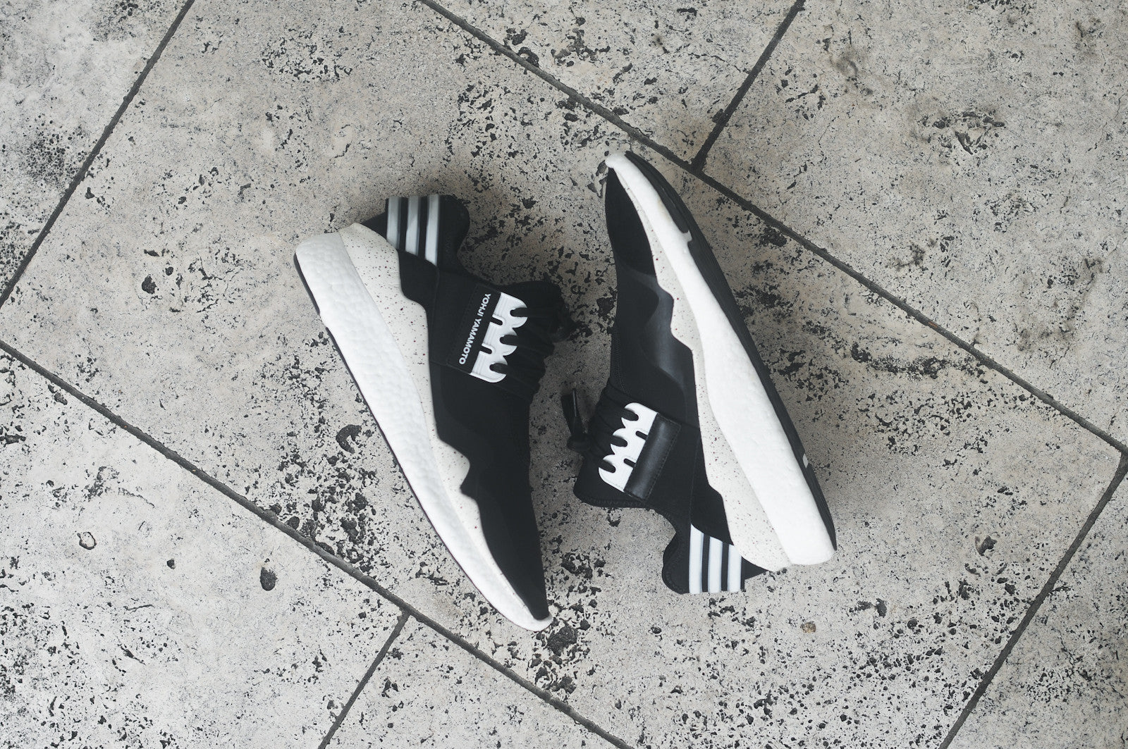 Y-3 Retro Boost - Black / Cream / White