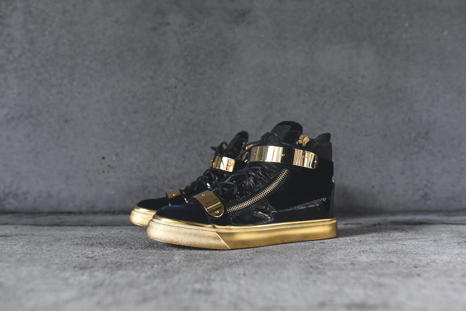 Giuseppe Zanotti Hi Top Double Hardware - Navy / Gold