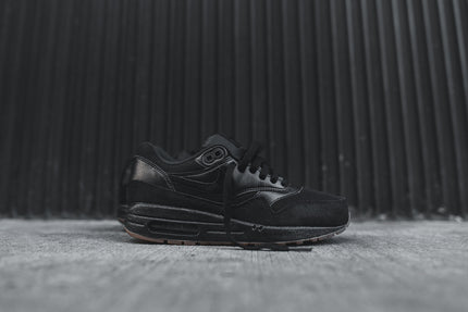 Nike WMNS Air Max 1 Essential - Black / Gum