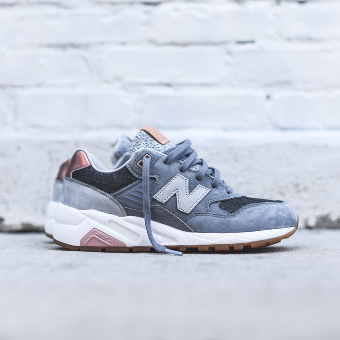 New Balance WMNS WRT580 - Gun Metal