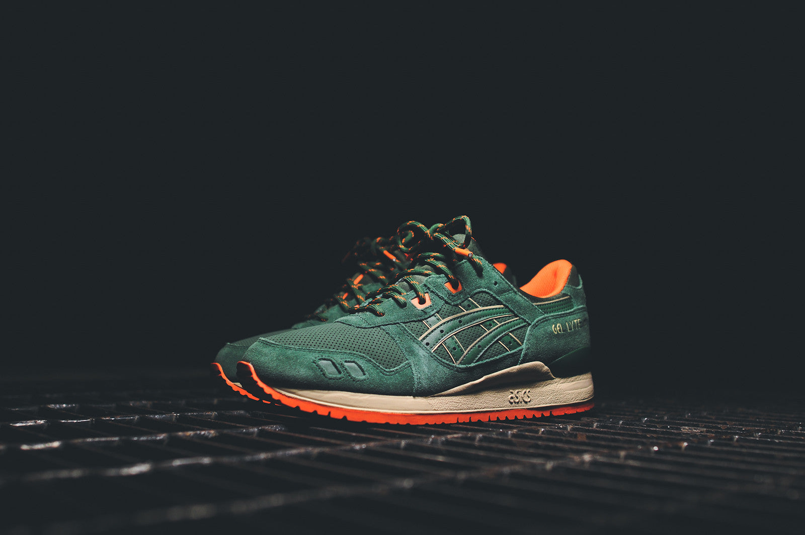Asics Gel Lyte III - Dark Green / Orange