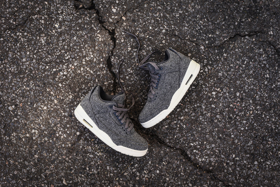 Nike Air Jordan III Retro - Dark Grey