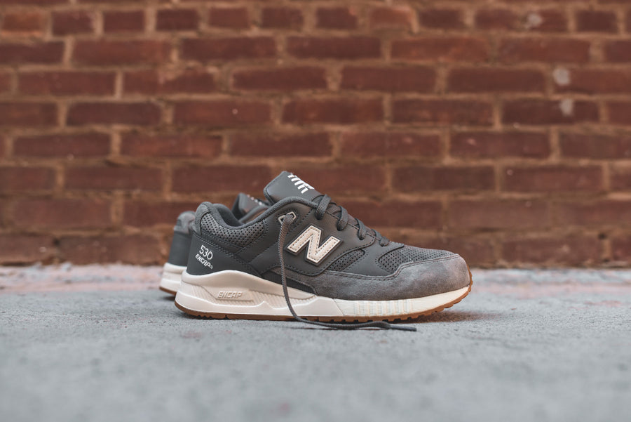 New Balance M530 - Grey / Gum
