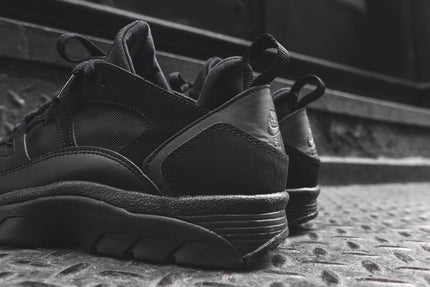 Nike Air Trainer Huarache Low - Triple Black