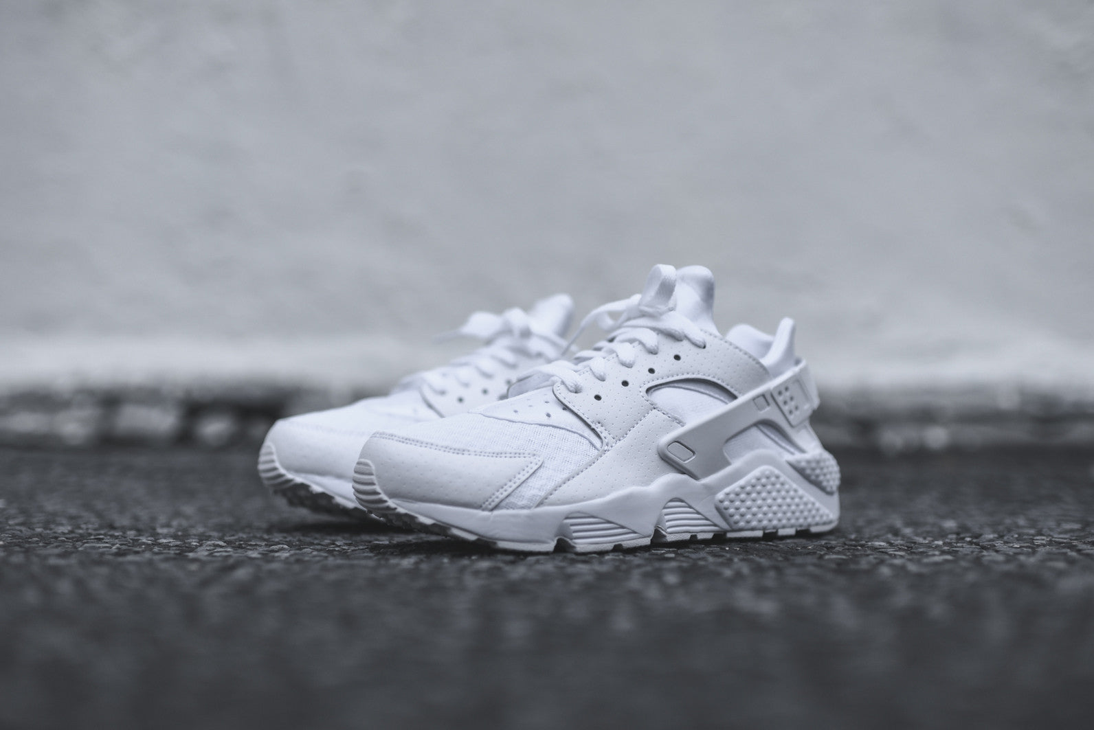 Nike Air Huarache - Triple White