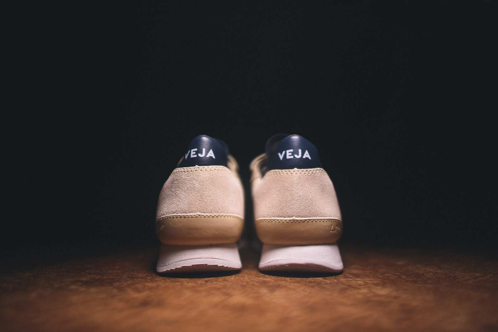 Veja Holiday Low - Grey / Navy
