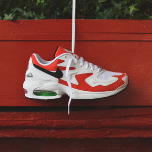 Nike Air Max Light 2 - White / Black / Habanero Red / Cool Grey