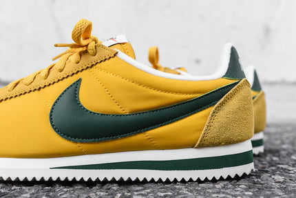online store a7a6b 4b8f9 Nike Cortez Green And Yellow saiz.co.uk