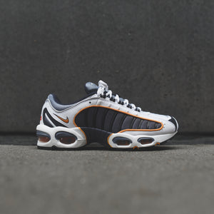 Nike Air Max Tailwind IV - Metro Grey / Resin / White / Machine