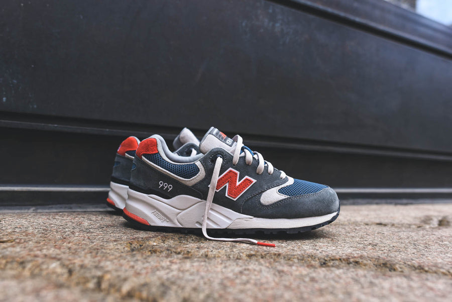 New Balance ML999 Vintage Classics - Grey / Red