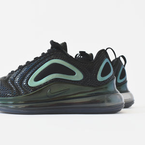 Nike Air Max 720 - Black / Metallic Silver