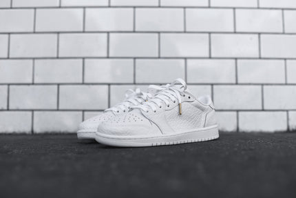 Nike Air Jordan 1 Retro Low PRM - White