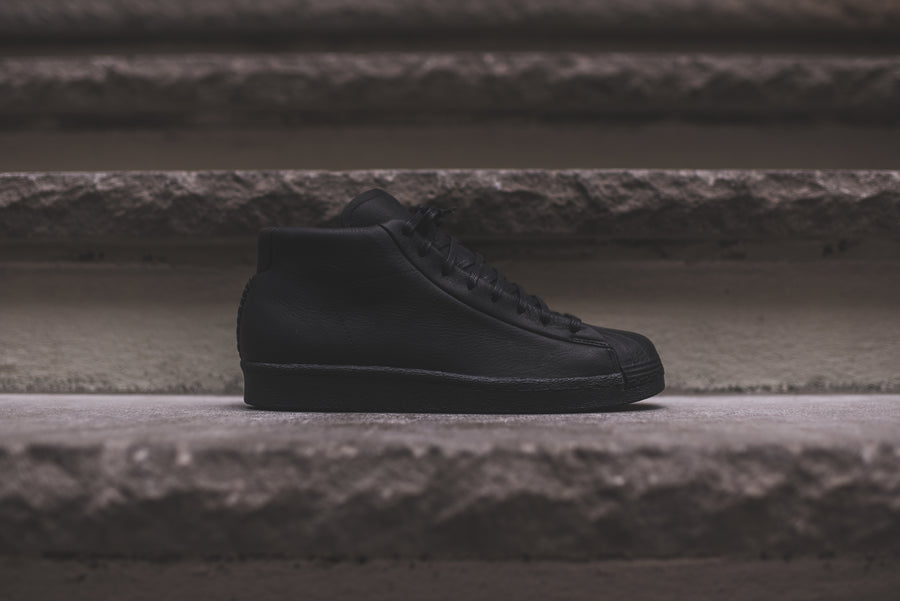 adidas Originals by Wings + Horns Pro Model 80s - Black