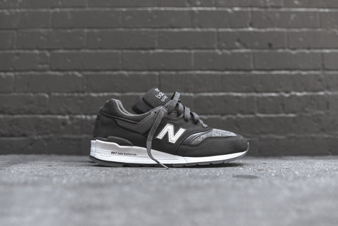 New Balance M997 Distinct - Magnet Green / Castlerock