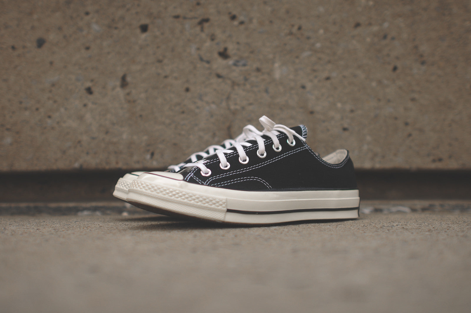 For Cheap Converse Chuck Taylor All Star Low 1970  Black  White Mens Footwear