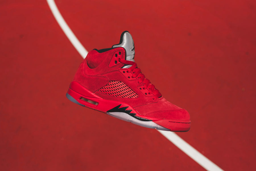 Nike Air Jordan 5 - University Red / Black
