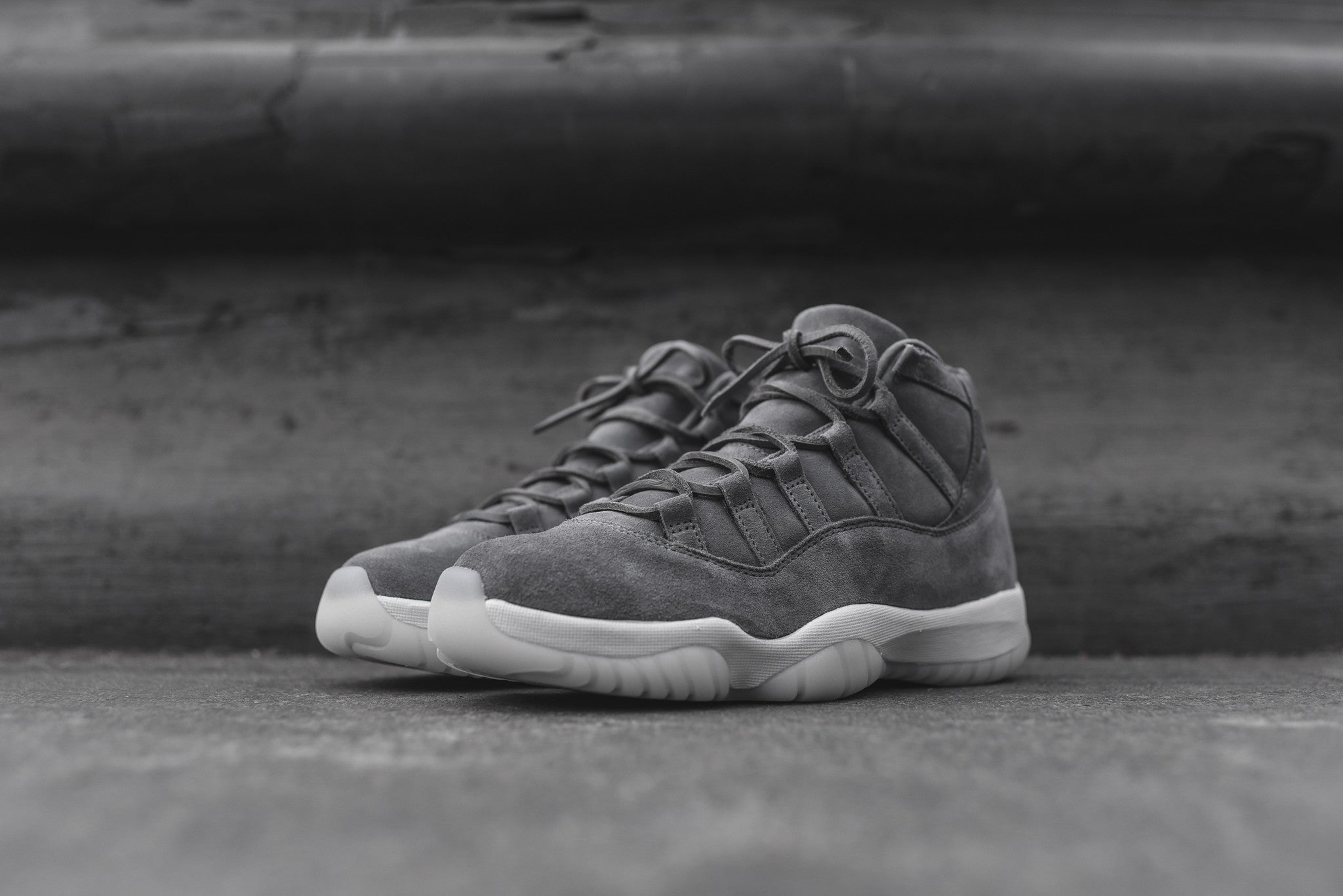 Nike Air Jordan 11 Retro PRM - Cool Grey / Sail