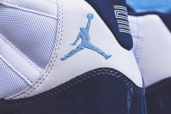 Nike GS Air Jordan 11 Retro - White / University Blue