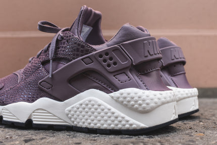 Nike WMNS Air Huarache Run - Purple Smoke / Sail